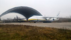 Two Antonov AN-124 Ruslan in GML Airport