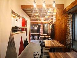 Le restaurant dispose de 32 couverts pour vous accueillir.