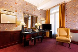 Deluxe Guest Room Amenities