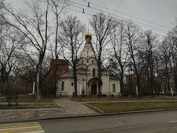 Церковь Усекновения Главы Иоанна Предтечи у Новодевичьего монастыря, декабрь.