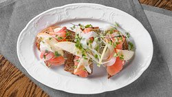 Smoked Salmon Toast