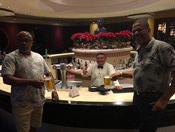 Francisco funcionário do bar excelente atendimento