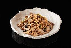 Aged Garlic Mushrooms Noodles