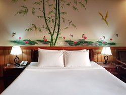 Native River View Room