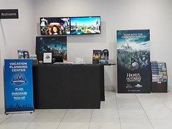 Universal's Vacation Planning Center & Shuttle reservation desk