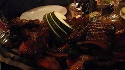Schotel met Devil Ribs en Hot Mixed Chicken