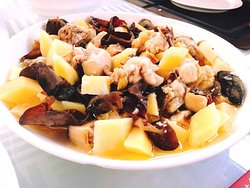 Steam Chicken with Potatoes and Mushroom