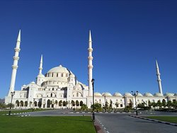 Sheikh Zayed Mosque - Fujairah