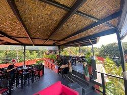 Top Rooftopbar mit ausgezeichneten Essen & Frühstück