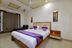 Deluxe Ac Room With All Modern Facility