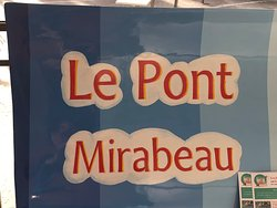 Détail du dossier du Livre à Deux Places «Le Pont Mirabeau» exposé sous la nef du Grand Palais