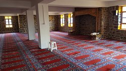 İzmir - Ödemiş İlçesine bağlı Birgi köyünde İmam Birgivi hazretlerinin mezarlığının yanindaki camii