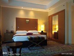 Room 815