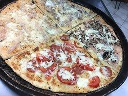 la nostra pizza col lardo di lucca !