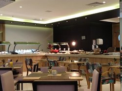 Café da manhã no Radisson em Santos