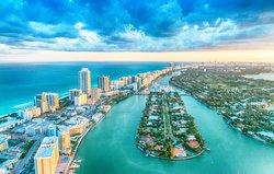 Beautiful Miami yachting