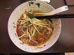 Bun Bo Hue - Beef, pork & prawn soup