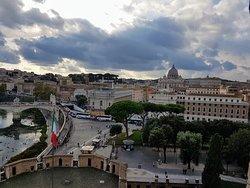 Vista desde el Castillo de Sant'Angelo, El Vaticano y cúpula de San Pedro