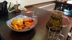 овощи и чай