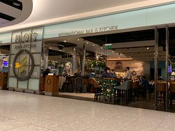 The best Beer and Burguer in London airport!!!