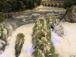 Smilestones, Neuhausen: der Rheinfall 'en miniature'