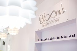 Bloom's Beauty Studio