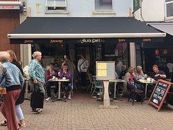 Ala's Cafe
