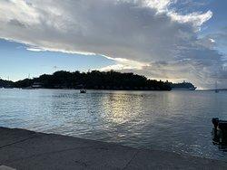 cruise ship leaving (thursdays)
