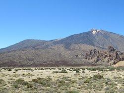 Pico Viejo (3134 m) et Teide (3718 m)