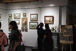 """Музей-галерея """"Дом-Art"""" Открытие выставки трёх сестёр  """"Охота на мужчин"""""""