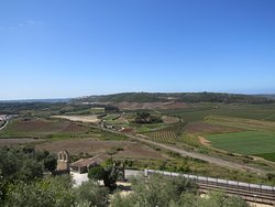 Paysage environnant vu depuis le Castelo de Óbidos et les remparts de la ville fortifiée