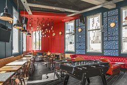 espace commun, jeux, restaurant , bar