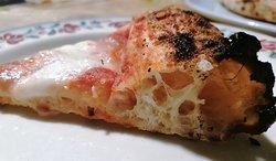 La margherita preparata unicamente con lievito 'madre' fresco.