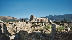 VOLUBILIS IN MOROCCO IS ONE OF THE ROMAN RUINS