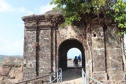 要塞へのメインゲート