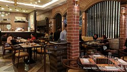 Serafina Kolkata - Quest Mall - Review and pictures by Review Wala - #reviewwala