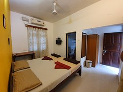 Double bed Standard AC room