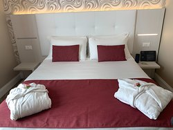Beds extremely comfortable, I am very surprised with the immaculate cleaniness of the hotel room and bathroom.