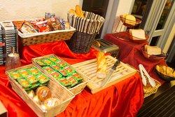 Buffet petit déjeuner Hotel inn Sedan
