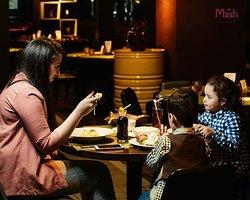 Immerse yourself into the atmosphere of relaxation with your whole family! ~ Погрузитесь в непринуждённую атмосферу отдыха всей семьей! MASTI BAKU Best indian & lebanese cuisine in Baku! 📍 Boulevard Hotel, Baku, Azerbaijan 📱 +994(50)4420500 🌐 https://mastibaku.az/