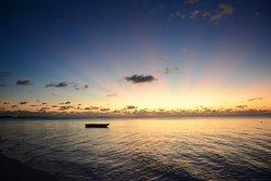Первый закат 2020года над лагуной у NAZAKI (6:15 вечера 01 января).