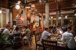 Full house  #Sadec6 #68ĐặngVũHỷ ---------------- Sadec 6 - Cuisines from the heart of Mekong - Nhà hàng ẩm thực di sản vùng Mekong 68 Đặng Vũ Hỷ, Sơn Trà, Đà Nẵng (https://g.page/Sadec6?) https://m.me/Sadec6 Hotline: 094 149 68 66 https://sadec6restaurant.com Instagram: sadec6danang #MonNgonDaNang #Sadec6 #MekongFood #VietnameseFood #Danang
