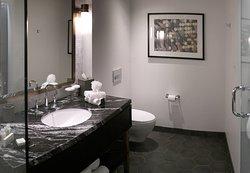 LondonHouse Chicago, Curio Collection by Hilton, 85 E Wacker Drive, Chicago - Room 1909 - Bathroom w/ Single Sink