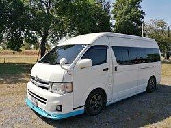 Van Bangkok Service By Mr.Kampol