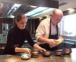 El gran equipo. La esencia del concepto, en la cocina, en la atención al cliente y en su y única mágica atmósfera.