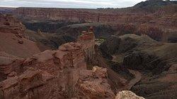 Charyn canyon - unique natural monument of Kazakhstan Чарынский каньон - младший брат Гранд Каньона