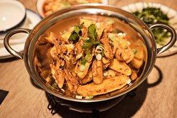 Gan Guo Yang Yu Patatas fritas a la olla.