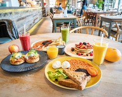 Breakfast every day served from 8am