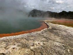 Thermalquellen, Geysir-wow