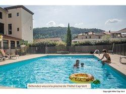 La piscine de l'hôtel Cap Vert